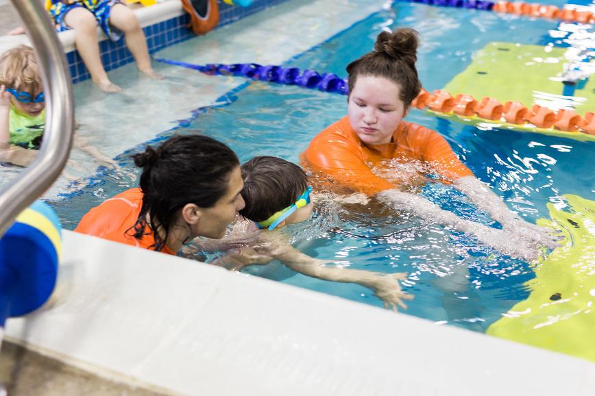 goldfish-toddler-swim-lessons-4